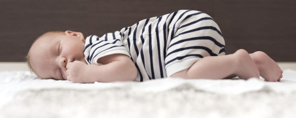 宝宝缺钙有什么特征 宝宝缺钙如何预防 宝宝缺钙吃什么好
