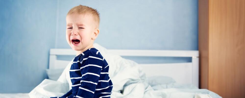 小儿夜间啼哭是为什么 小孩夜间哭闹怎么办 小儿半夜哭怎么办