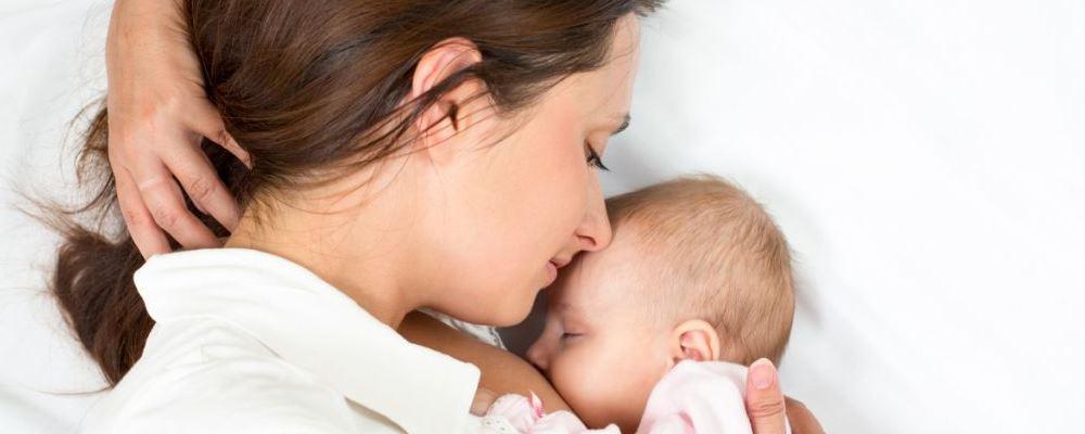 新生儿夏季能吹空调吗 新生儿吹空调好吗 新生儿吹空调注意事项