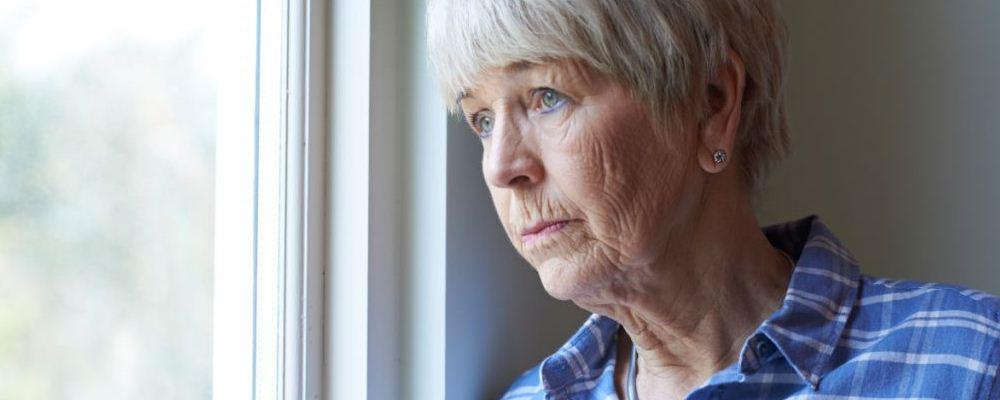 老人腿经常抽筋怎么办 有什么预防方法
